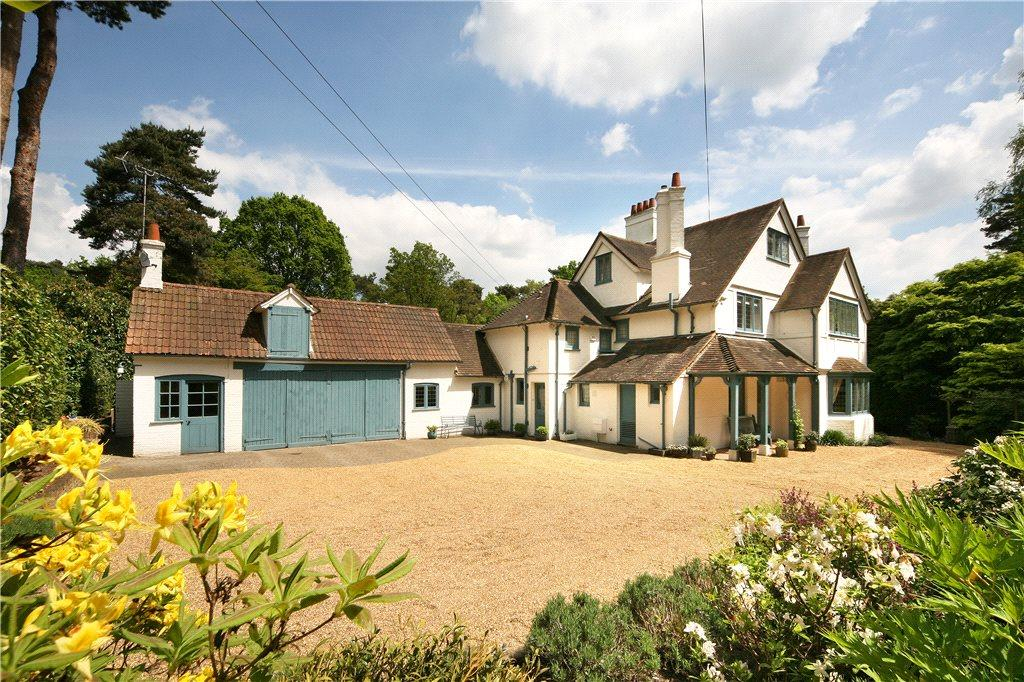 4 Bedrooms Detached House for sale in Monks Walk, Ascot, Berkshire