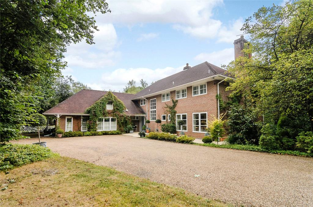 5 Bedrooms Detached House for sale in Bagshot Road, Ascot, Berkshire