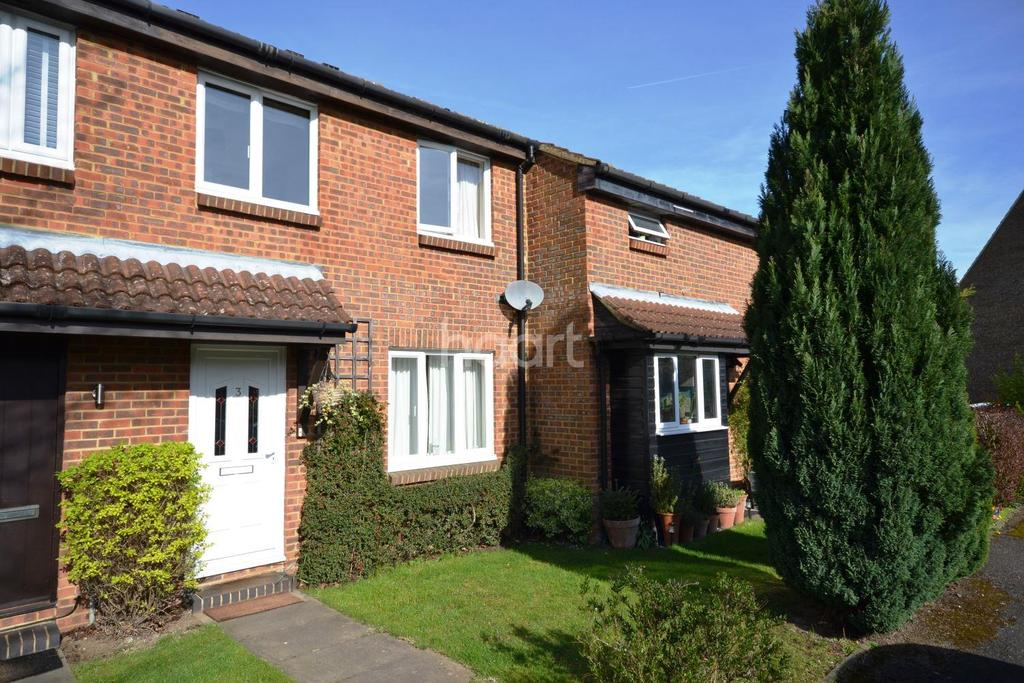 3 Bedrooms Terraced House for sale in Burpham, Guildford, Surrey