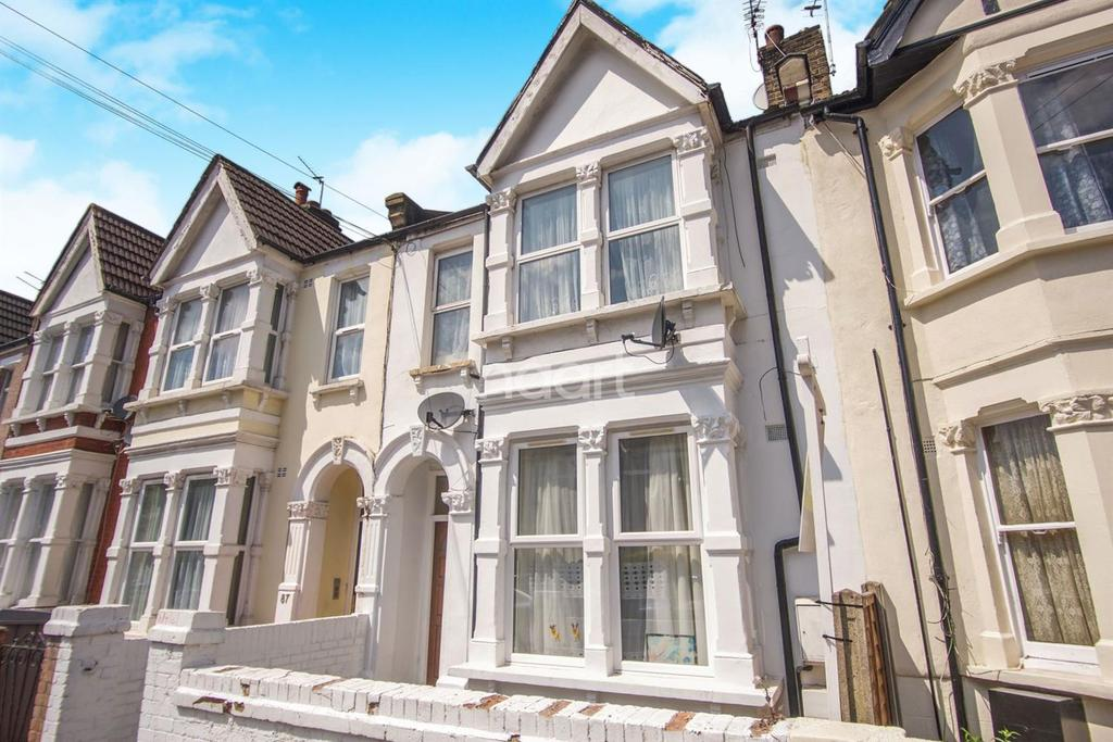 4 Bedrooms Flat for sale in Fortune Gate Road, NW10