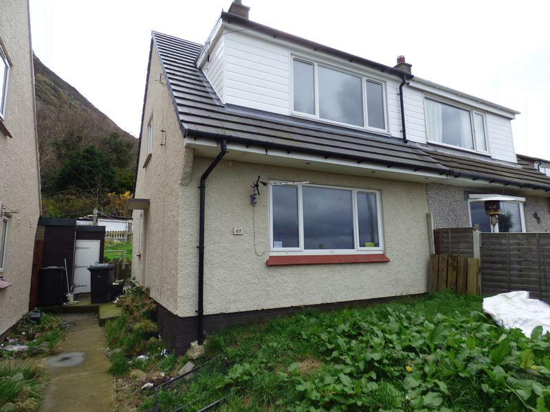3 Bedrooms Semi Detached House for sale in 67 Pendalar, Llanfairfechan LL33 0RD
