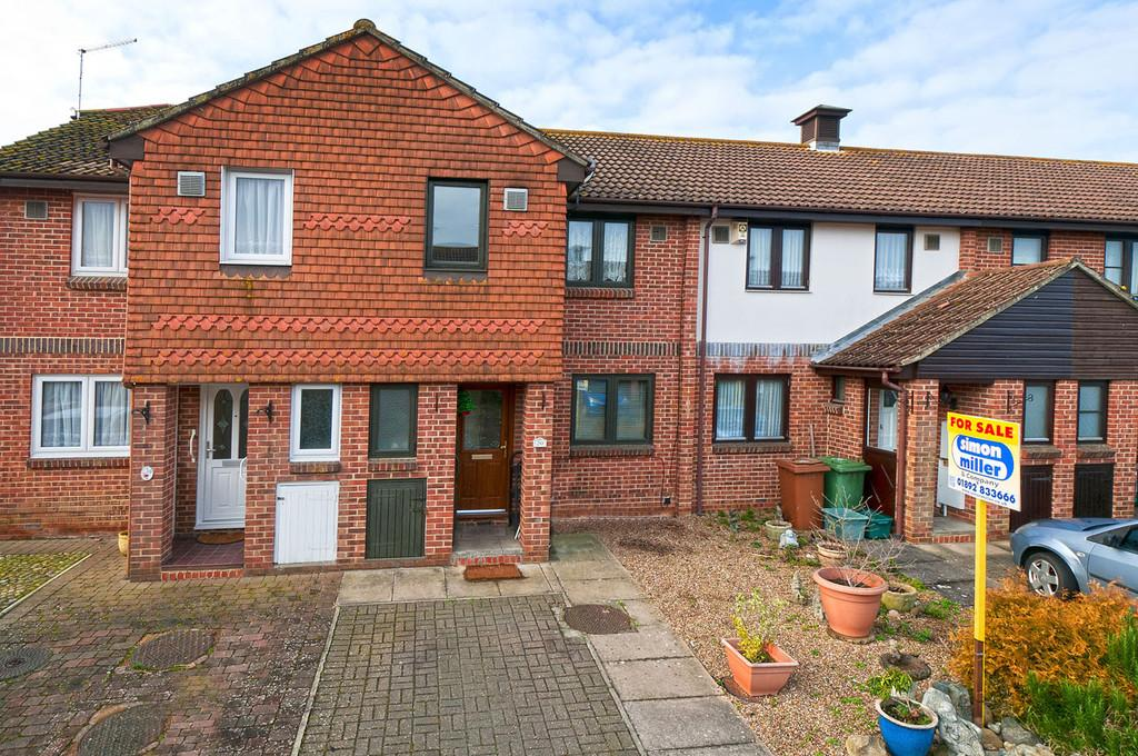 3 Bedrooms Terraced House for sale in The Cedars, Paddock Wood