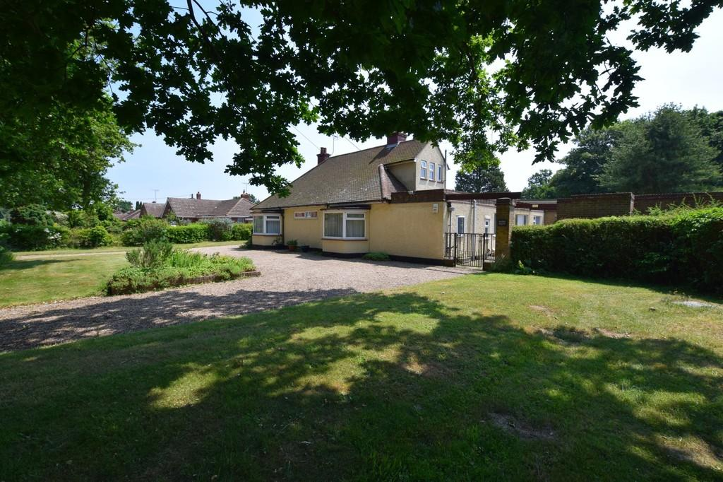 4 Bedrooms Detached House for sale in Great Horkesley