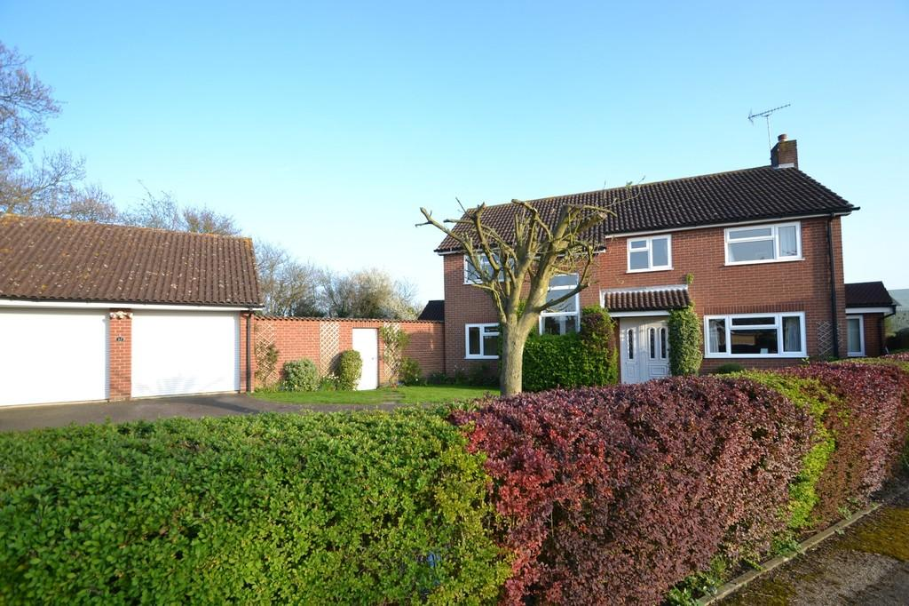 4 Bedrooms Detached House for sale in Henley Road, Ipswich, Suffolk