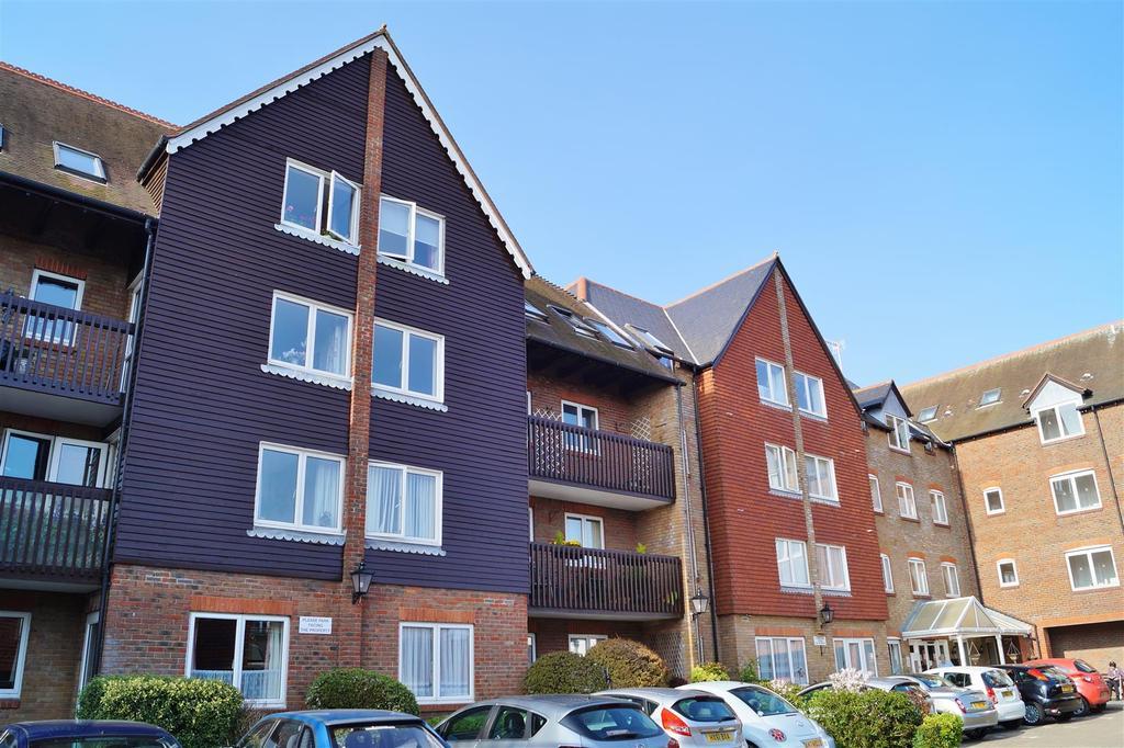 2 Bedrooms Retirement Property for sale in Queen Street, Arundel
