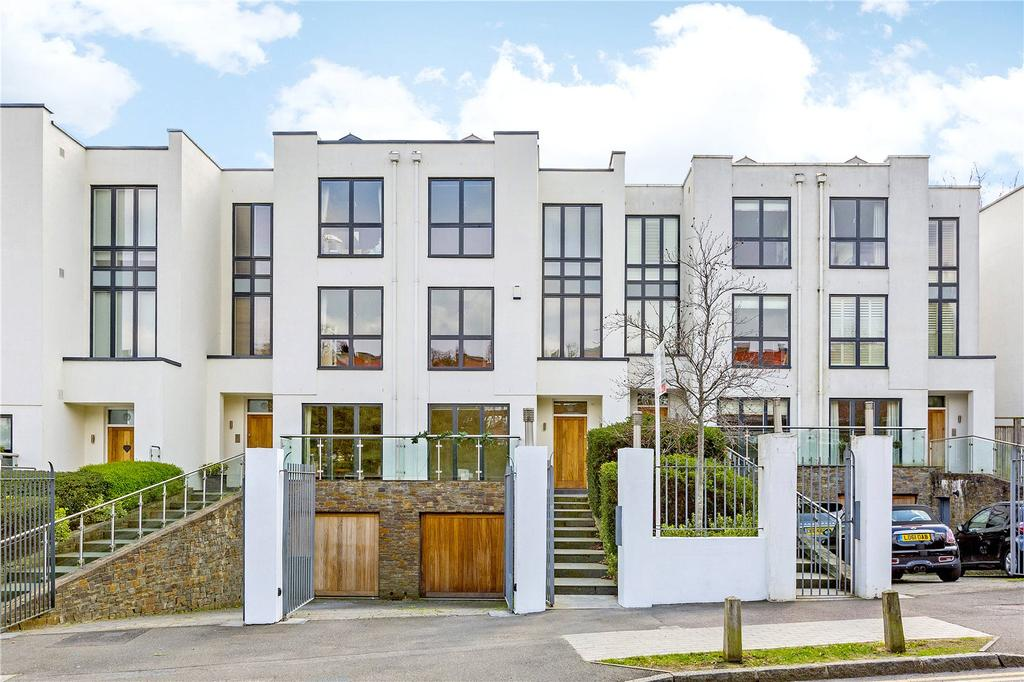5 Bedrooms Terraced House for sale in Queensmere Road, London, SW19