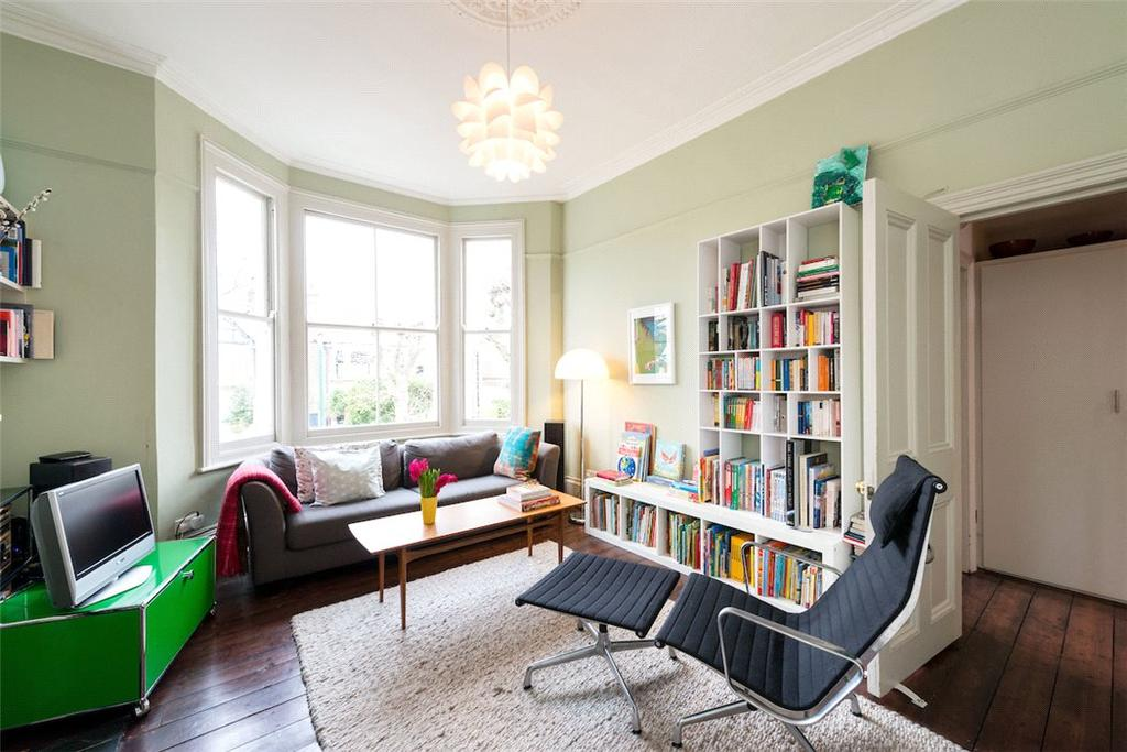 3 Bedrooms Flat for sale in Chevening Road, Queen's Park, London, NW6