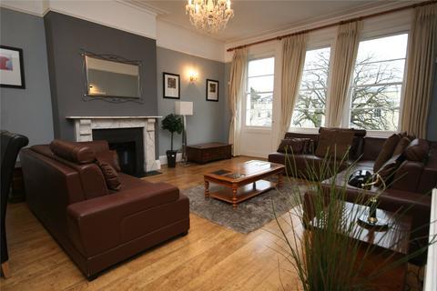 2 bedroom apartment to rent - Lindholme, 8 The Park, Cheltenham, GL50
