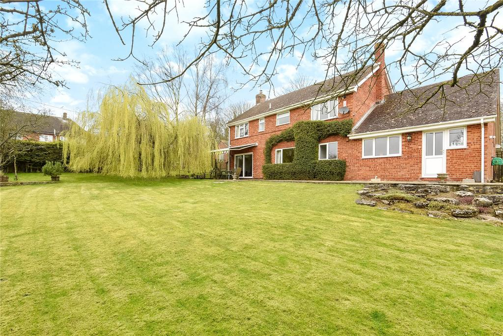 5 Bedrooms Detached House for sale in Bath Road, Fyfield, Marlborough, Wiltshire