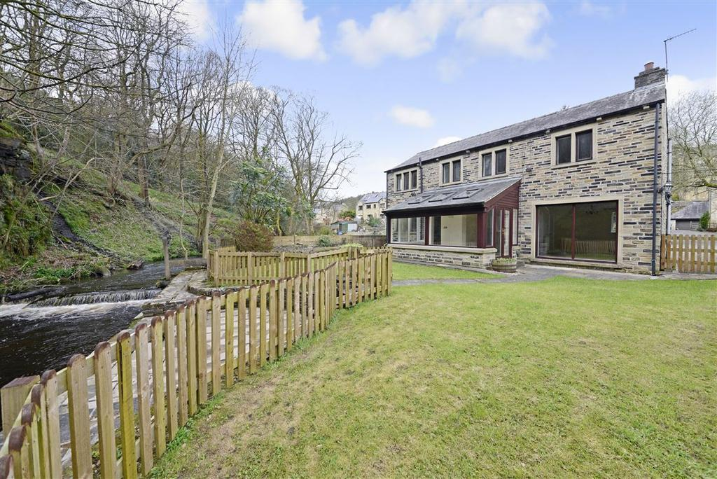 5 Bedrooms Cottage House for sale in Bar Lane, Ripponden