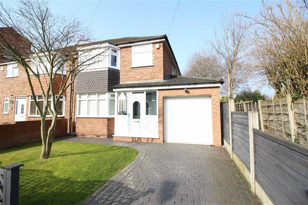 3 Bedrooms Semi Detached House for sale in Milton Grove, Sale