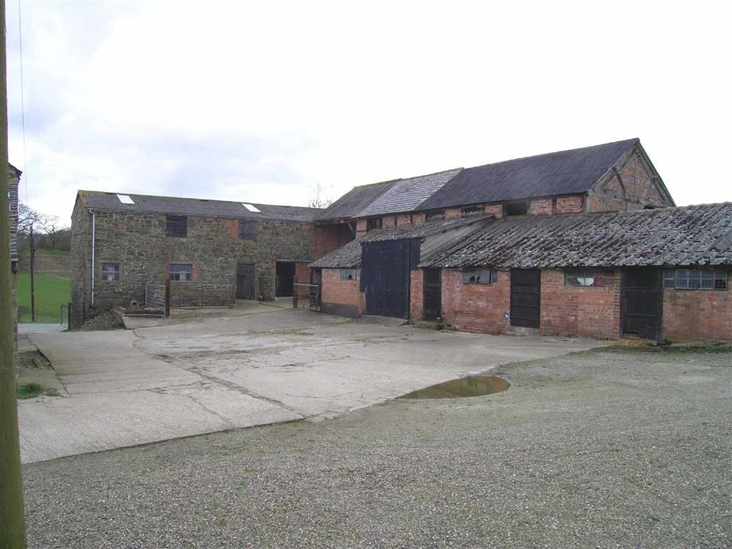 4 Bedrooms Barn Conversion Character Property for sale in Cwm Farm Buildings, Meifod, Powys, SY22