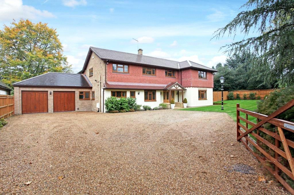 5 Bedrooms Detached House for sale in Tite Hill, Englefield Green, Egham, Surrey, TW20