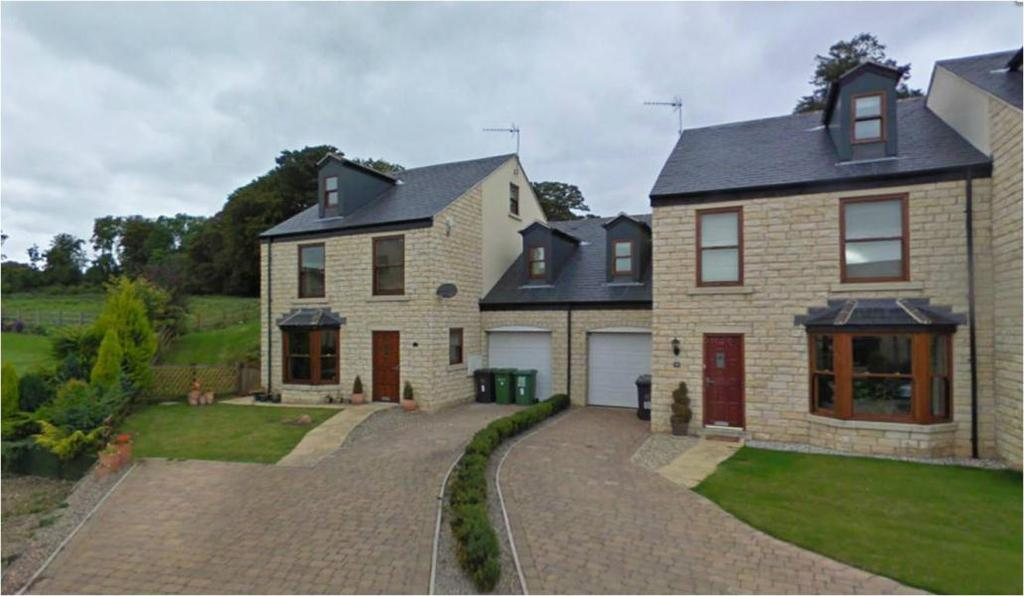 5 Bedrooms Town House for sale in BECKSIDE, ABERFORD, LEEDS, LS25 3DD