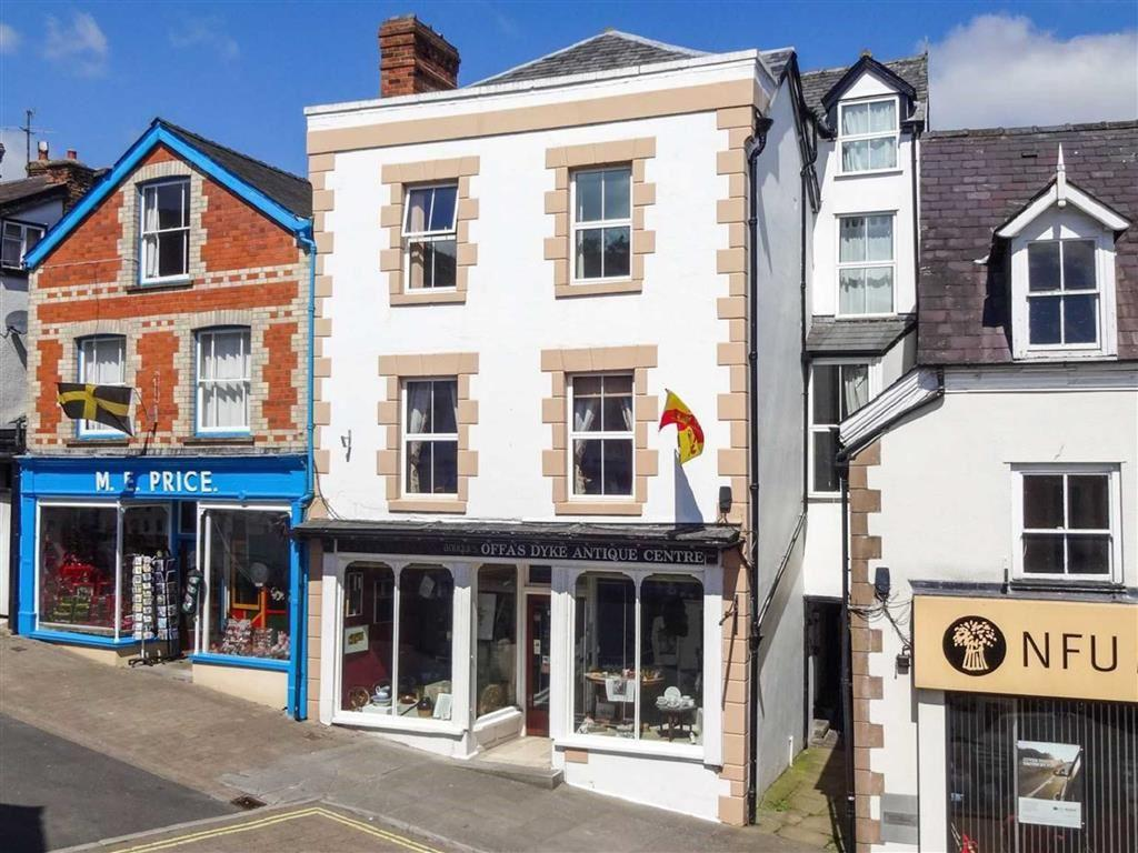 4 Bedrooms Town House for sale in High Street, KNIGHTON, Knighton, Powys