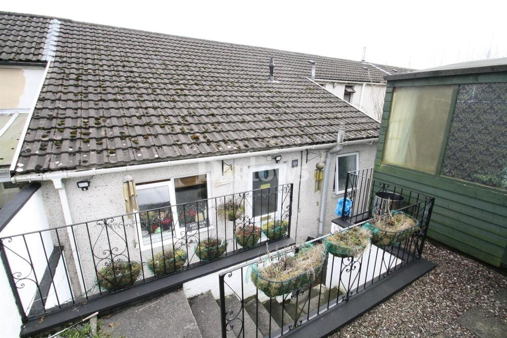 2 Bedrooms Cottage House for sale in Furnace Row, Troedyrhiw