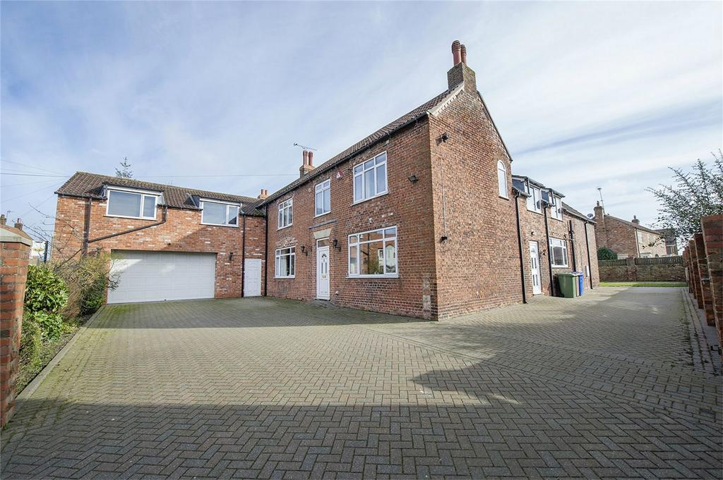 5 Bedrooms Detached House for sale in Main Street, North Frodingham