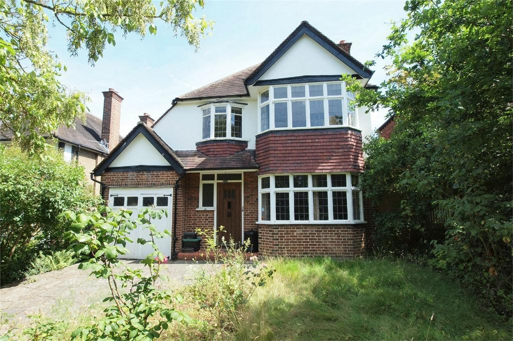 3 Bedrooms Detached House for sale in Broadoaks Way, Bromley, Kent
