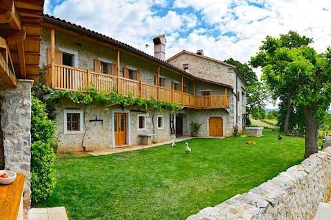 5 bedroom house  - Utovlje, Karst Region, Slovenia