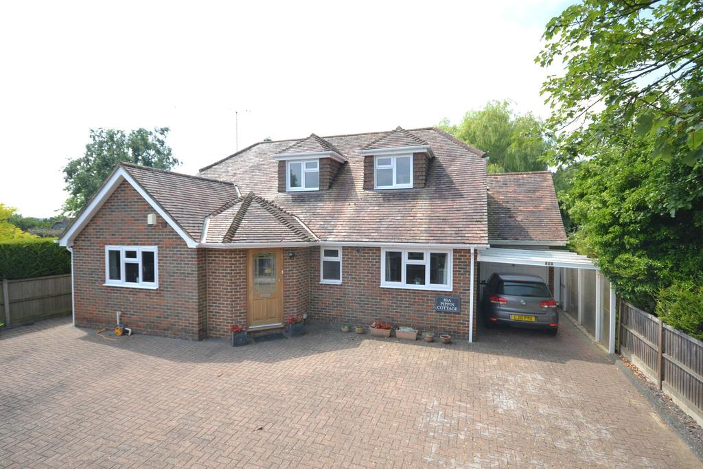 3 Bedrooms Detached House for sale in Woodchurch, TN26