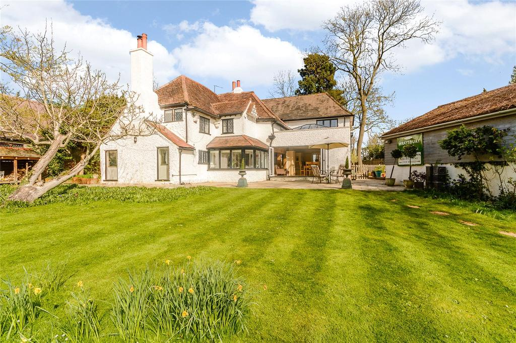 5 Bedrooms Detached House for sale in Staines Road, Wraysbury, Staines-upon-Thames, Middlesex, TW19