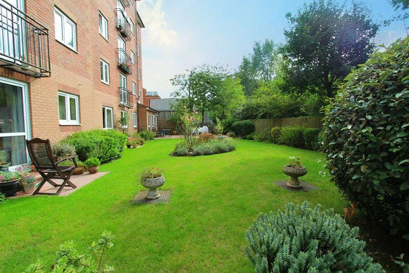 1 Bedroom Retirement Property for sale in Croydon Road, Caterham