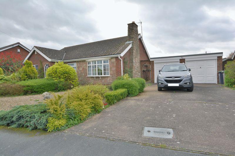 3 Bedrooms Detached Bungalow for sale in Arden Moor Way, North Hykeham, Lincoln