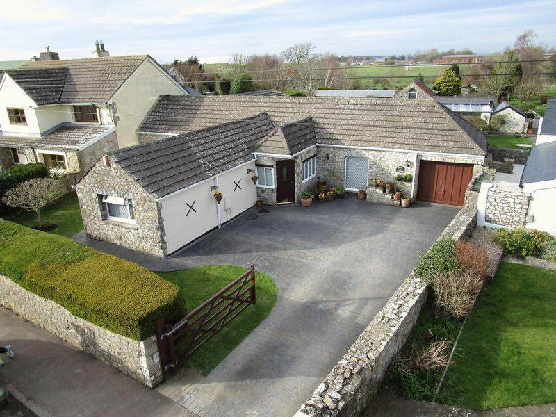 3 Bedrooms Detached House for sale in Green Paddock, Higher End, St Athan, Vale of Glamorgan, CF62 4LW