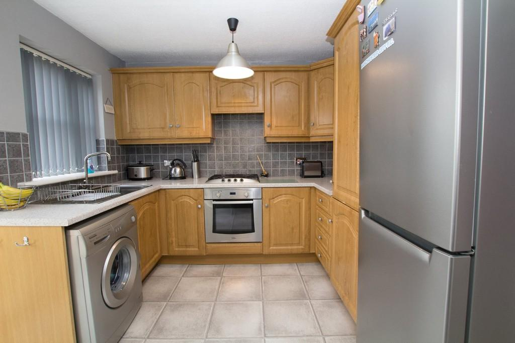 2 Bedrooms Semi Detached House for sale in Lyne Close, Walney