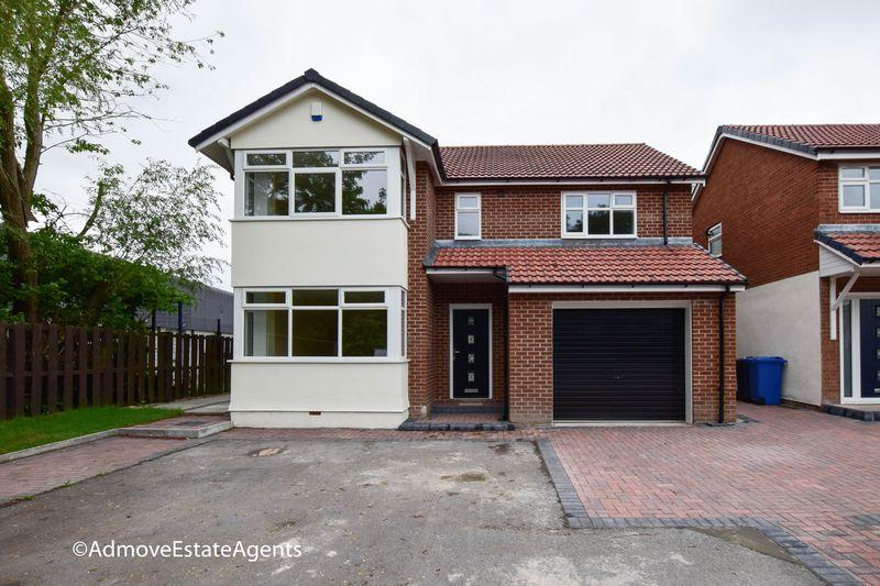 4 Bedrooms Detached House for sale in 320 Manchester Road, Woolston, Warrington