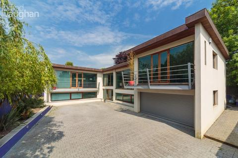 4 bedroom detached house for sale - Shirley Drive, HOVE, BN3