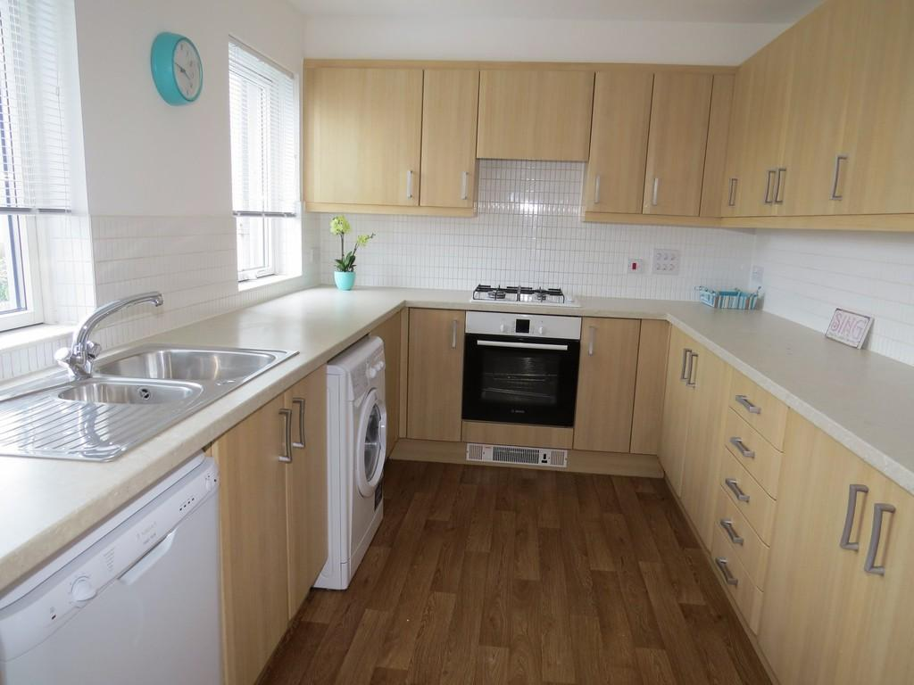 4 Bedrooms End Of Terrace House for sale in Norton Way, Poole