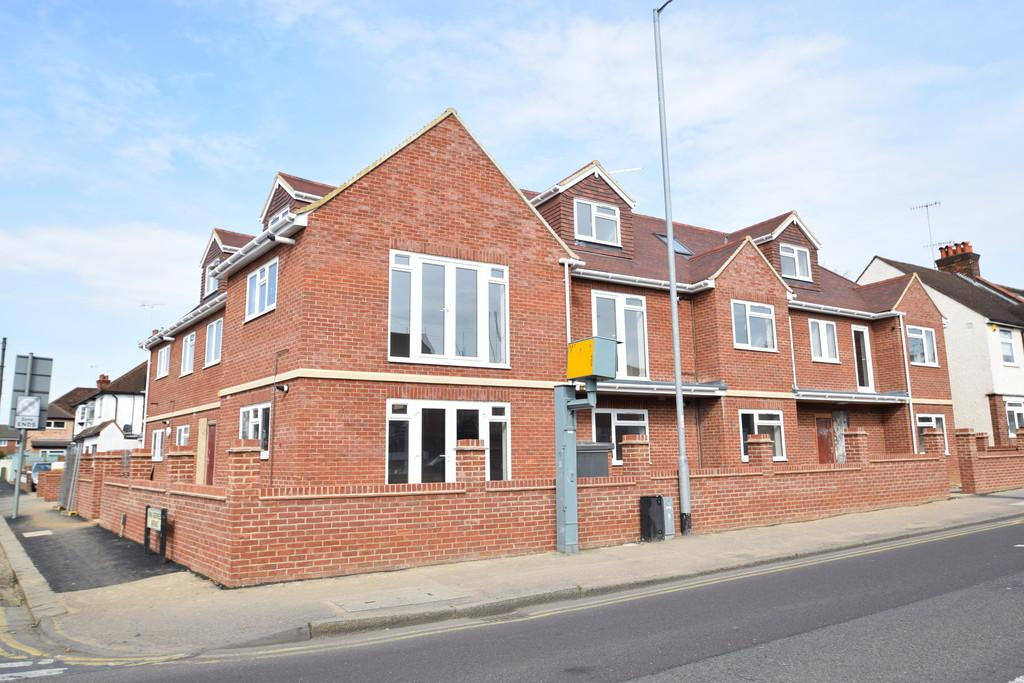 4 Bedrooms Apartment Flat for rent in Whippendell Road, Watford