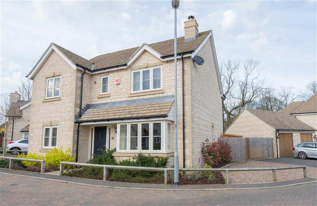 4 Bedrooms Detached House for sale in Jubilee Gardens, Cottesmore, Rutland
