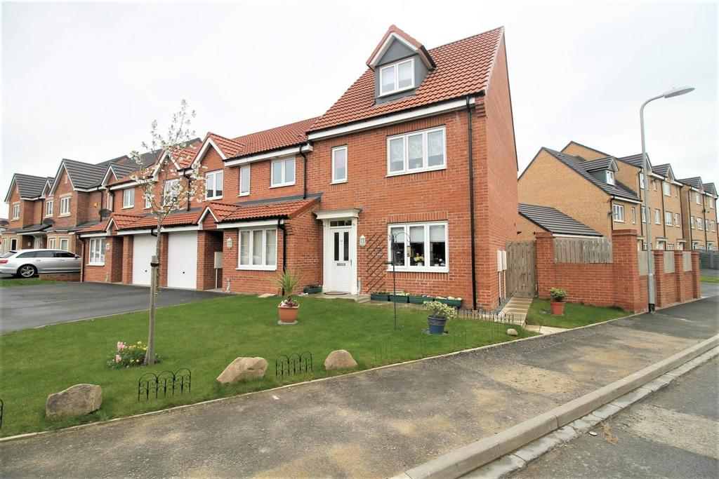 3 Bedrooms Town House for sale in Mulberry Wynd, Stockton-On-Tees