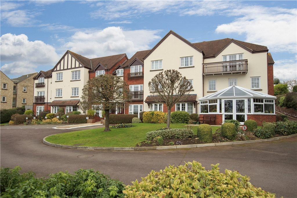3 Bedrooms Flat for sale in Pegasus Court, Station Road, Broadway, Worcestershire, WR12