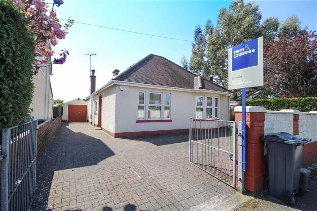 2 Bedrooms Detached Bungalow for sale in Velindre Road, Cardiff