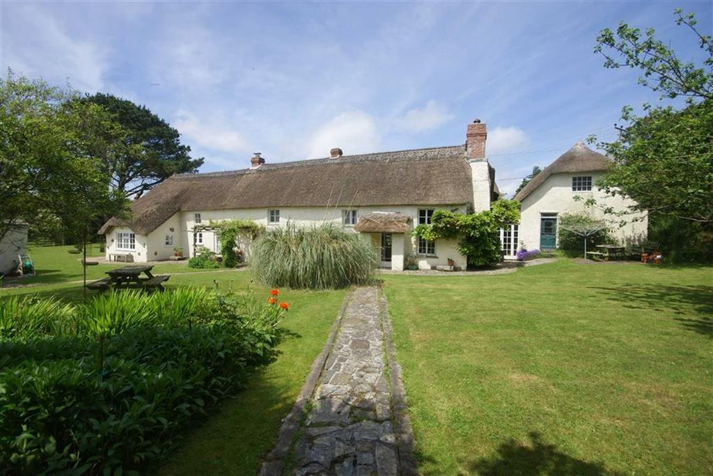 5 Bedrooms Detached House for sale in East Hill, Blackwater, Truro, Cornwall, TR4