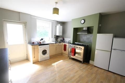 1 bedroom house share to rent - Spa Buildings
