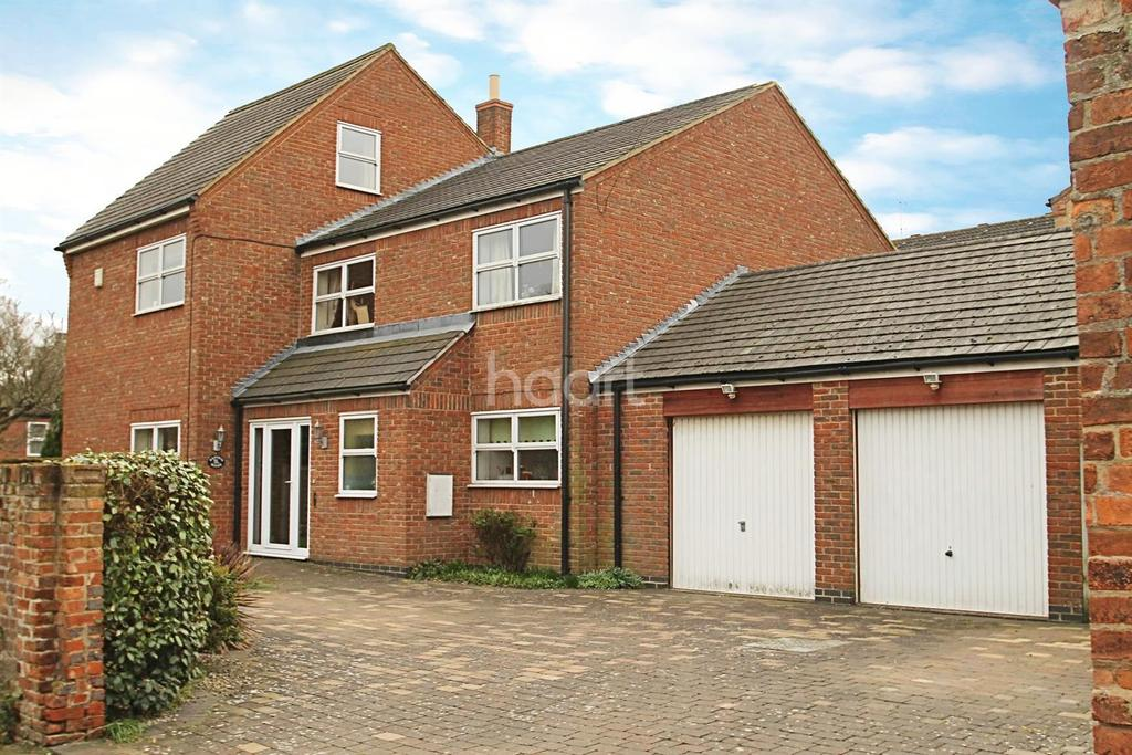 4 Bedrooms Detached House for sale in Middlemore Yard, Castlegate, Grantham