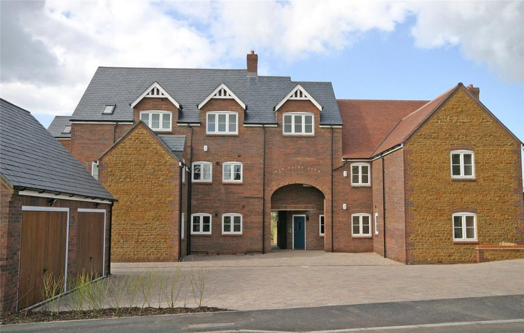 3 Bedrooms Apartment Flat for sale in Old Dairy Farm, Church Lane, East Haddon, Northamptonshire, NN6