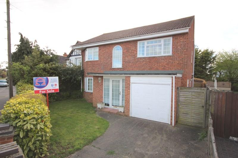 4 Bedrooms Detached House for sale in Skelmersdale Road, Clacton-On-Sea
