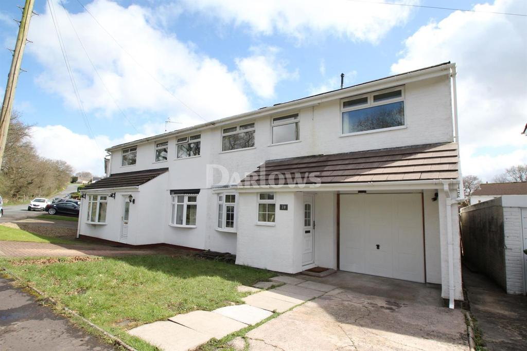 4 Bedrooms Semi Detached House for sale in Gwaun Fro, Penpedairheol