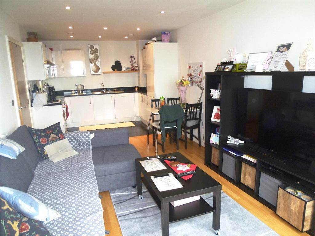1 Bedroom Flat for sale in Trident Point, 19 Pinner Road, Harrow, HA1