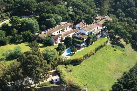 10 bedroom villa  - Casares, Málaga