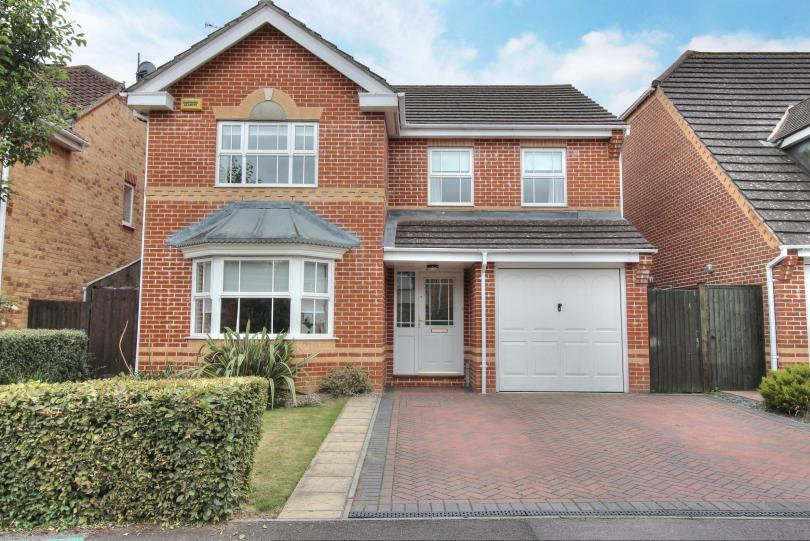 4 Bedrooms Detached House for sale in Percivale Road, Knightwood Park, Chandlers Ford