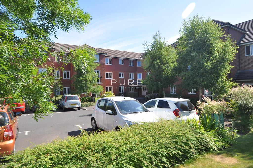1 Bedroom Retirement Property for sale in Berryfield Court, Bursledon Road, Hedge End, Southampton, Hampshire, SO30 0BN