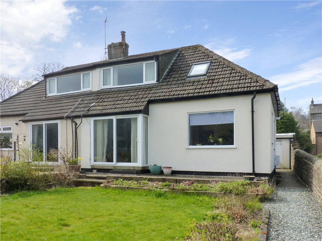 3 Bedrooms Semi Detached House for sale in Fountain Villas, Oxenhope, Keighley, West Yorkshire