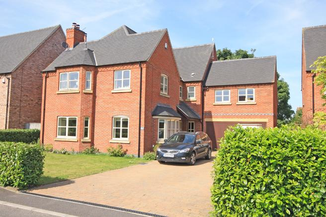 5 Bedrooms Detached House for sale in 7 Corner Farm Close, Rolleston, Nottinghamshire NG23 5TR