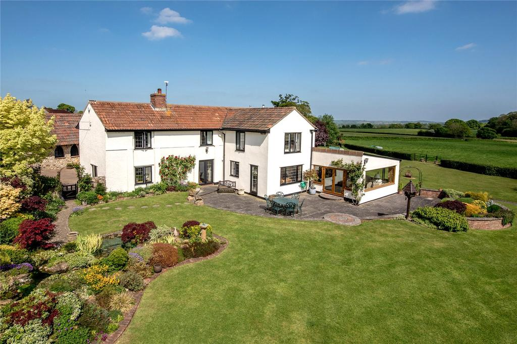 4 Bedrooms Detached House for sale in Hastings, Ilminster, Somerset